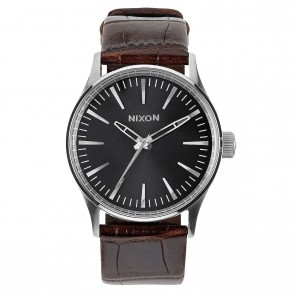 Nixon SENTRY LEATHER 38 Brown / Gator Watch