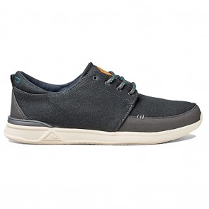 Reef Rover Low Shoes in Black
